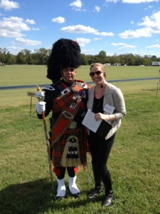Lindsey thanking a member of The Washington Scottish Pipe Band